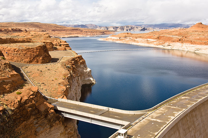 "Lake Powell acts as a sort of savings account for upper-basin states in the Colorado River to store water to send to the lower-basin states. The lighter-colored rock, or ""bathtub ring"" shows how levels at Lake Powell continue to drop dramatically. Photo credit, Adam Kliczek, Creative Commons."