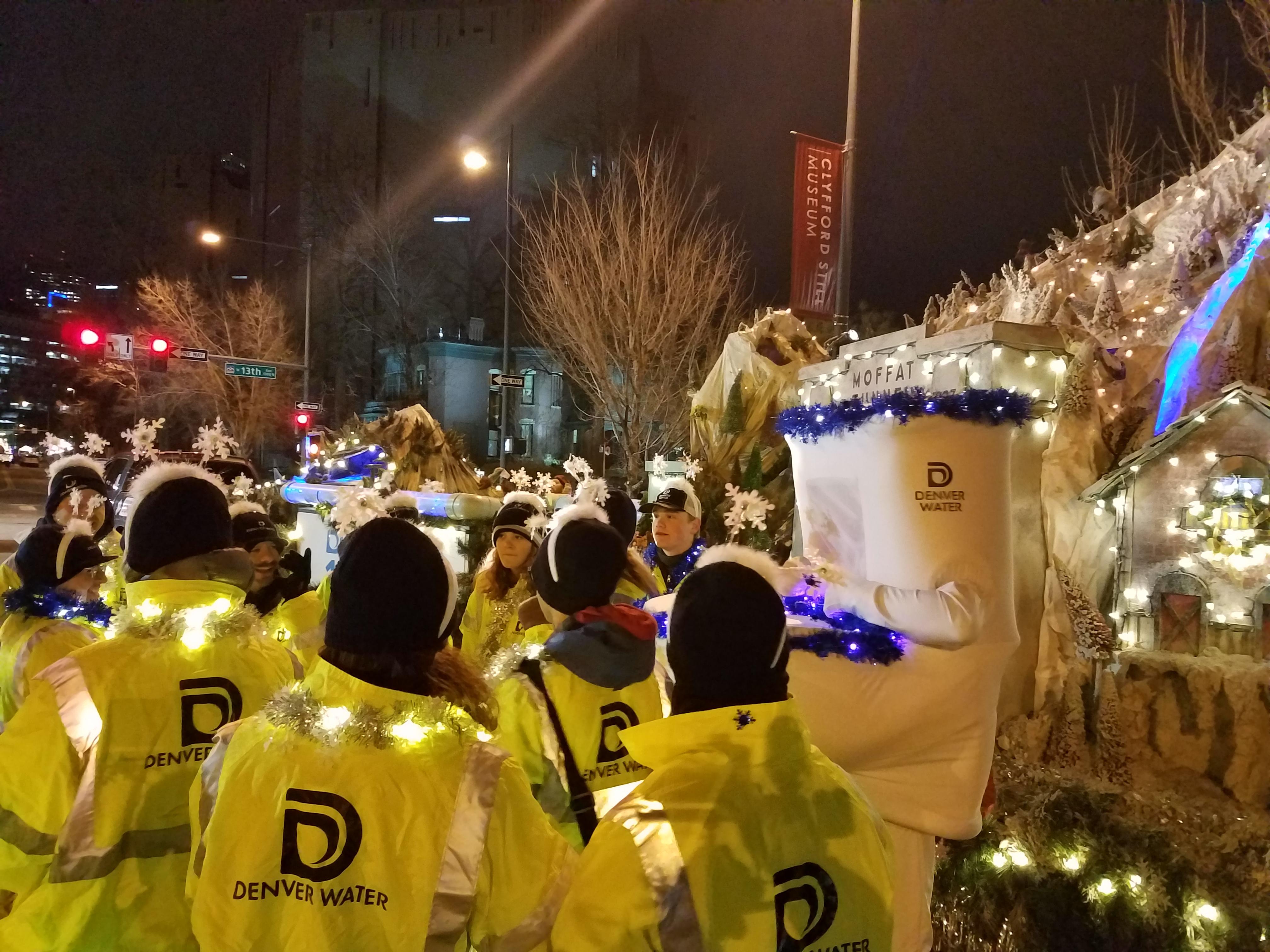 Denver Community Christmas Parade 2021 Denver Water Celebrates At 9news Parade Of Lights Denver Water